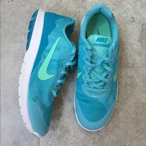 Nike Flex Experience Sneakers Size 9